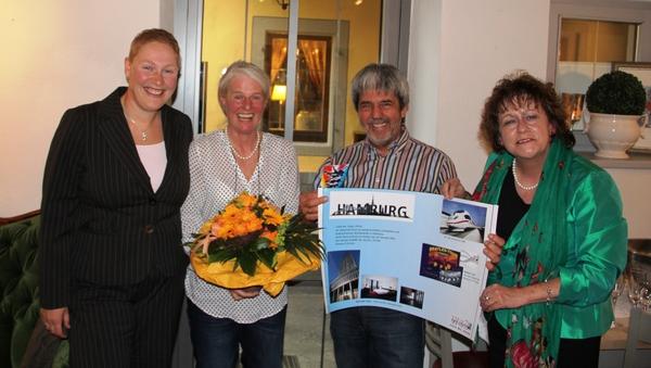 Geschenkübergabe Wochenende in Hamburg